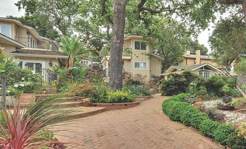 Charming Lodges In Saratoga Saratoga Oaks Lodge