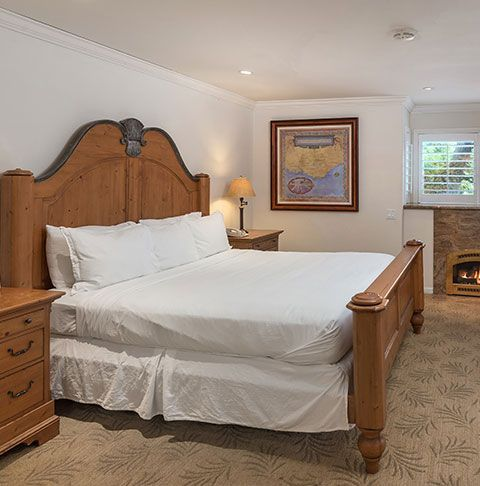 Rooms at Saratoga Oaks Lodge, California